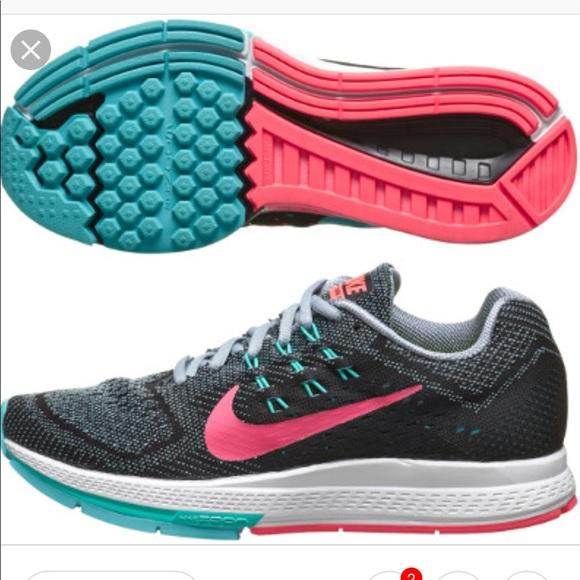 new concept 37751 45a53 Nike Air Zoom Structure 18 Women s Sz 9. M 5c3d4d3d951996ffa656e99e